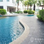 Sukhumvit Plus Condominium Spacious 2 Bed 2 Bath near BTS Phra Khanong to rent