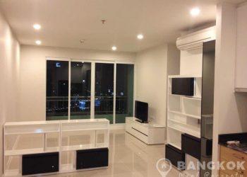 Circle Condominium Modern High Floor 2 Bed 2 Bath near MRT for sale