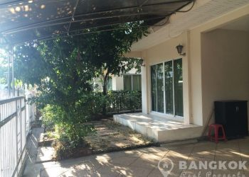 Modern Detached 3 Bed Suvarnabhumi House near ARL to rent