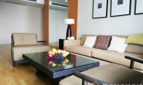 Urbana Sathorn Very Spacious Modern 2 Bed 2 Bath with City Views to rent