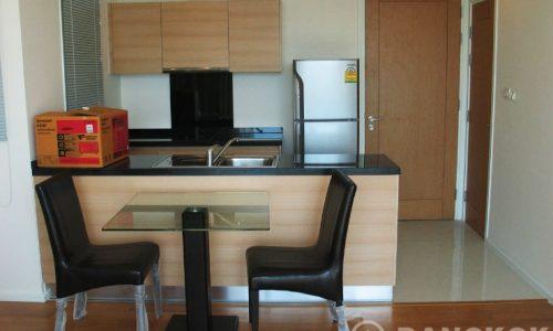 Wind Sukhumvit 23 Spacious High Floor 1 Bed near Asoke to rent