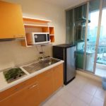 Life Sukhumvit Condominium Bright Modern 1 Bed near BTS to rent