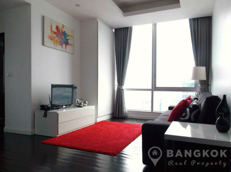 Sky Villas Sathorn High Floor Modern 2 Bed 2 Bath near Chong Nonsi BTS to Rent