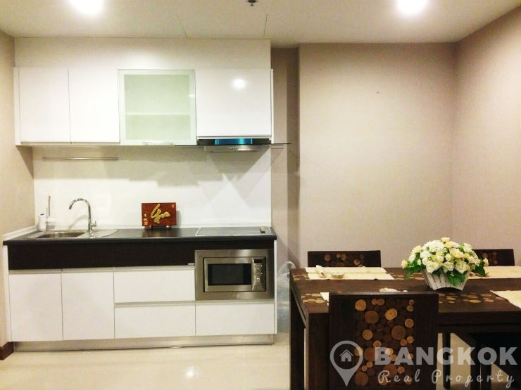 Supalai Premier @ Asoke New High Floor Spacious 2 Bed near MRT to rent
