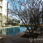 The Empire Place Spacious Modern 2 Bed 2 Bath at Chong Nonsi BTS to rent