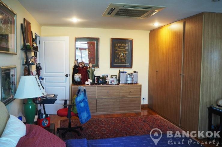 Baan Ananda Elegant Spacious 3 Bed 4 Bath in Ekkamai for Sale