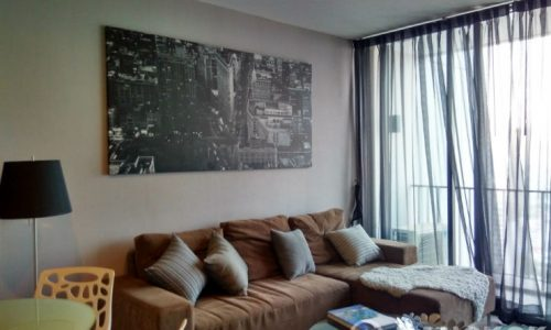 Issara Ladprao Modern High Floor 2 Bed 1 Bath near MRT to rent