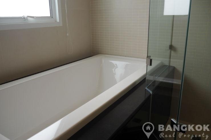 The Rise Sukhumvit 39 Stunning Renovated 3 Bed plus Study, 4 Bath Penthouse to rent