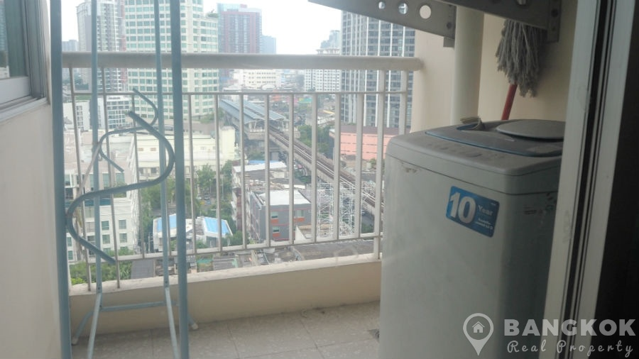 Life Sukhumvit Modern 1 Bed 1 Bath near Phra Khanong BTS to rent