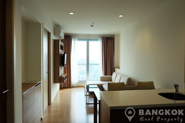 Rhythm Phahol-Ari Spacious High Floor 1 Bed 1 Bath near BTS to rent
