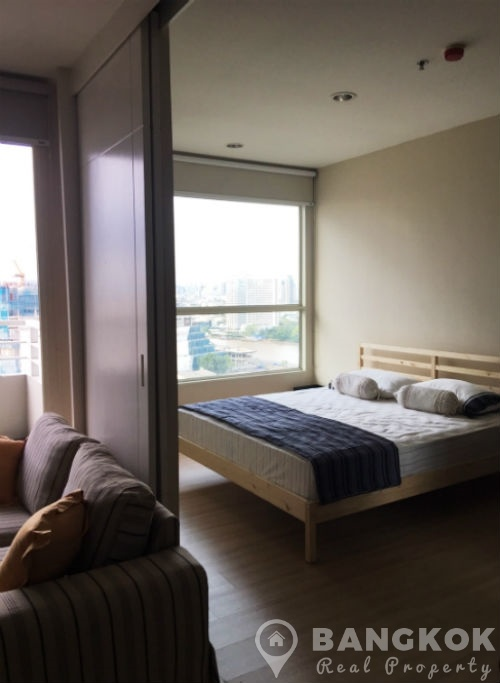 The Light House Modern High Floor 1 Bed with River Views to rent
