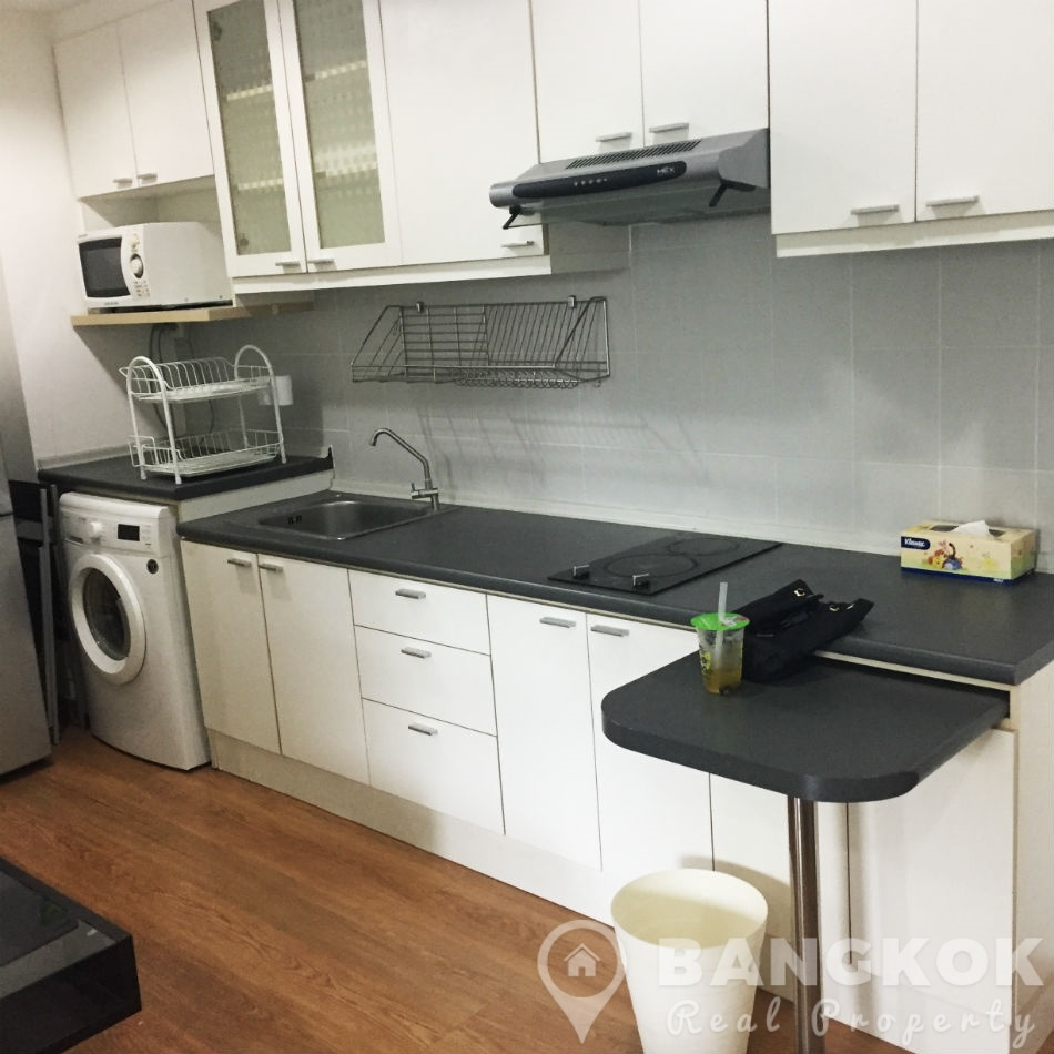Rhythm Sukhumvit 42 Brand New Modern 1 Bed near BTS to rent