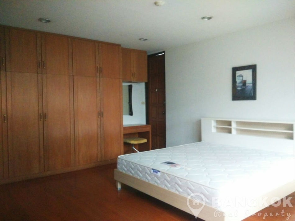 Rent Very Spacious 1 Bed 1 Bath Apartment In Asoke Near Mrt