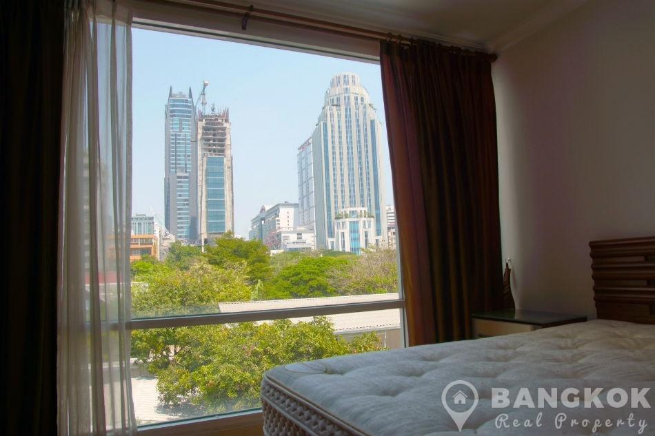 Sukhumvit Hotel Near Terminal 21, Em Quartier, BTS & MRT