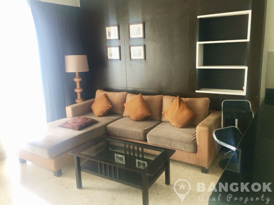 Nusasiri Grand Ekkhamai Spacious 1 Bed 2 Bath connected to BTS to rent