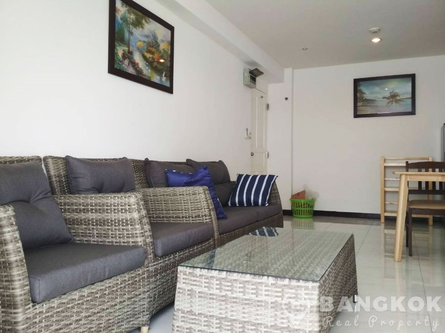 Sammakorn Condo Ramkhamhaeng Renovated 2 Bed 1 Bath to rent