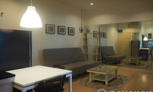 Sammakorn Village Apartment Modern Top Floor 2 Bed 1 Bath to rent