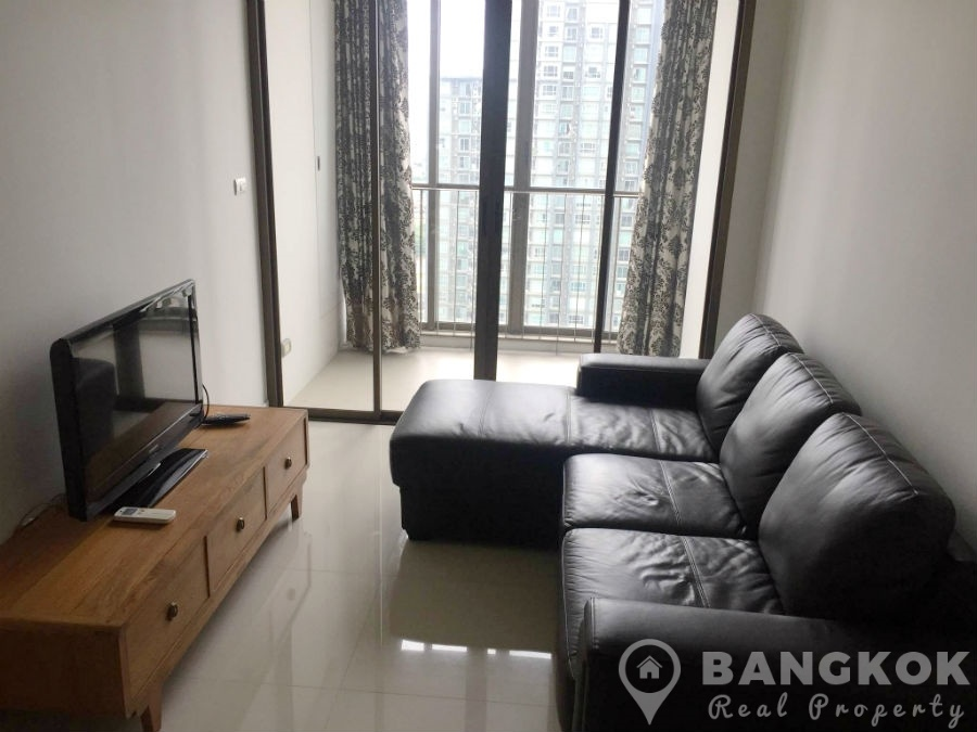 IDEO Sathorn Taksin Modern High Floor 1 Bed 1 bath at BTS to Rent