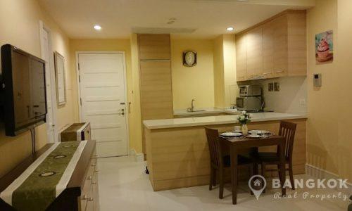 Aguston Sukhumvit 22 Spacious Modern Corner 1 Bed 1 Bath Condo for Sale
