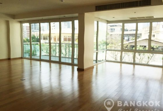 Belgravia Residences Sukhumvit Elegant Spacious 4 Bed 5 Bath near BTS to Rent