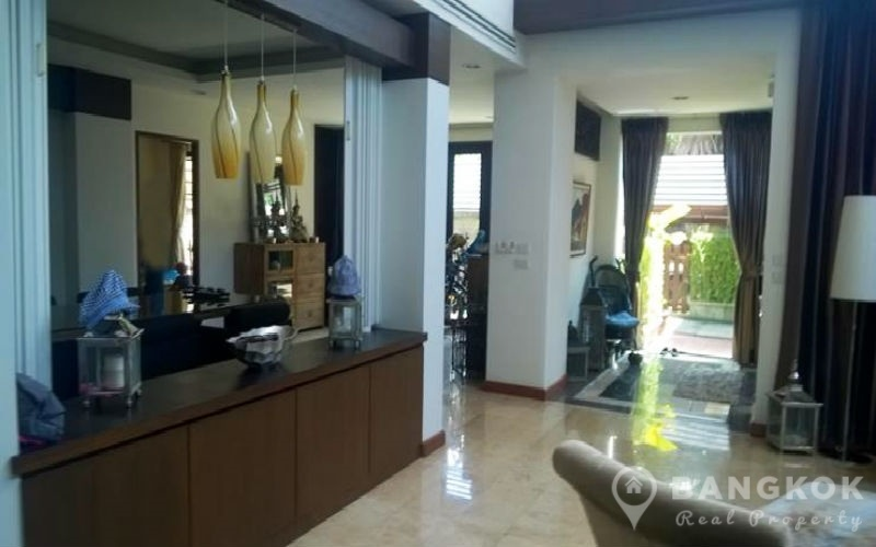 Rent - Modern Detached 4 Bed 5 Bath with Private Pool House in Phrom Phong