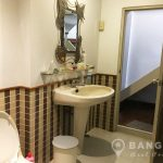 Cute 2 Bed 2 Bath Phrom Phong House near BTS to Rent