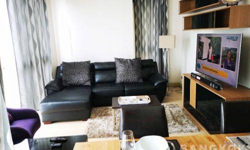 Sky Walk Condominium Spacious High Floor 2 Bed 2 Bath Investment for Sale