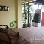 Renovated Spacious 3 Bed 3 Bath On Nut Townhouse for Sale