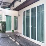 Contemporary Detached 4 Bed 4 Bath Phra Khanong House in Compound to rent
