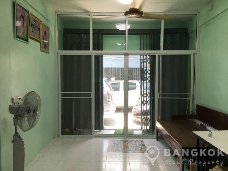 Rent Thonglor Townhouse 2 Bed Home, Office or Commercial Use near BTS