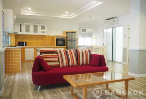 Sammakorn Apartment Modern Spacious 3 Bed 2 Bath with patio in Ramkhamhaeng to rent