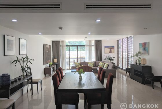 RENT Baan Ananda Stunning Renovated 3 Bed 3 Bath near Ekkamai BTS