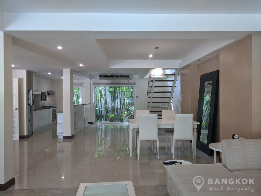 RENT Spacious 3 Bed 3 Bath Ekkamai House in Secure Compound near Ekkamai BTS