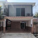 RENT Sammakorn Village Detached Modern 3 Bed plus Study, 4 bath House in Ramkhamhaeng