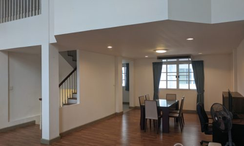 RENT Plus City Park Sukhumvit 101.1 -Spacious 3 Bed 4 Bath Townhouse near Punnawithi BTS