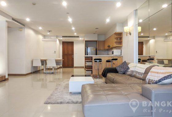 RENT The Rise Sukhumvit 39 Spacious 2 Bed 2 Bath Condo near EmQuartier