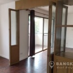 SALE Spacious 3+1 Bed 3 Bath Ekkamai Townhouse