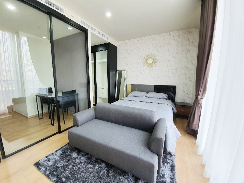 Noble Around 33 | New Modern 1 Bed near in Phrom Phong photo