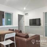 RENT Sammakorn Village Ramkhamhaeng หมู่บ้านสัมมากร Modern 2 bed 1 study 3 bath apartment in Ramkhamhaeng